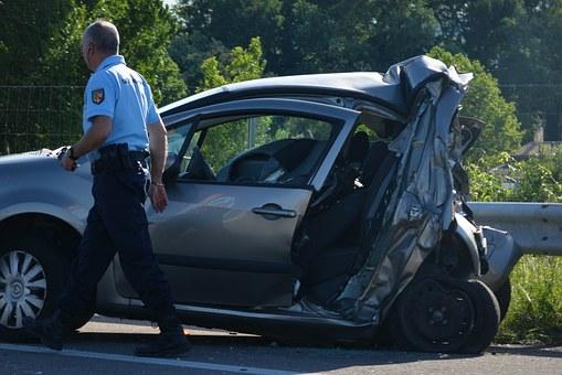 2-vehicle car crash